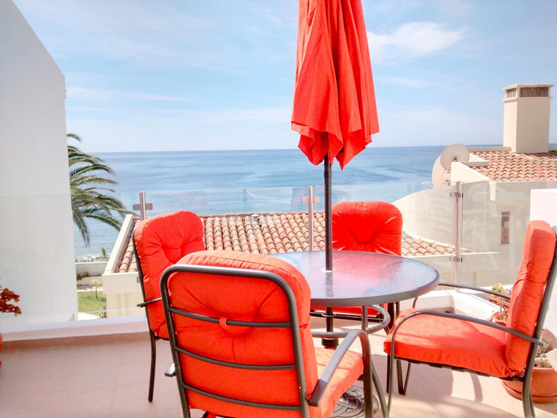 Casa-do-Monte-Terrace